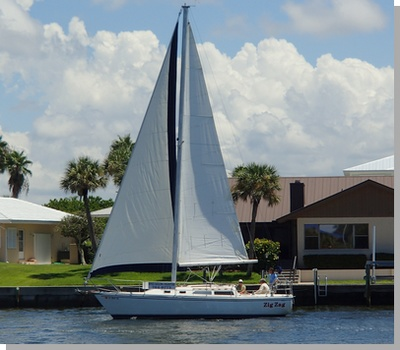 Zig Zag under sail, Spice Sailing Charters